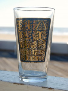Ivy Pint Glass